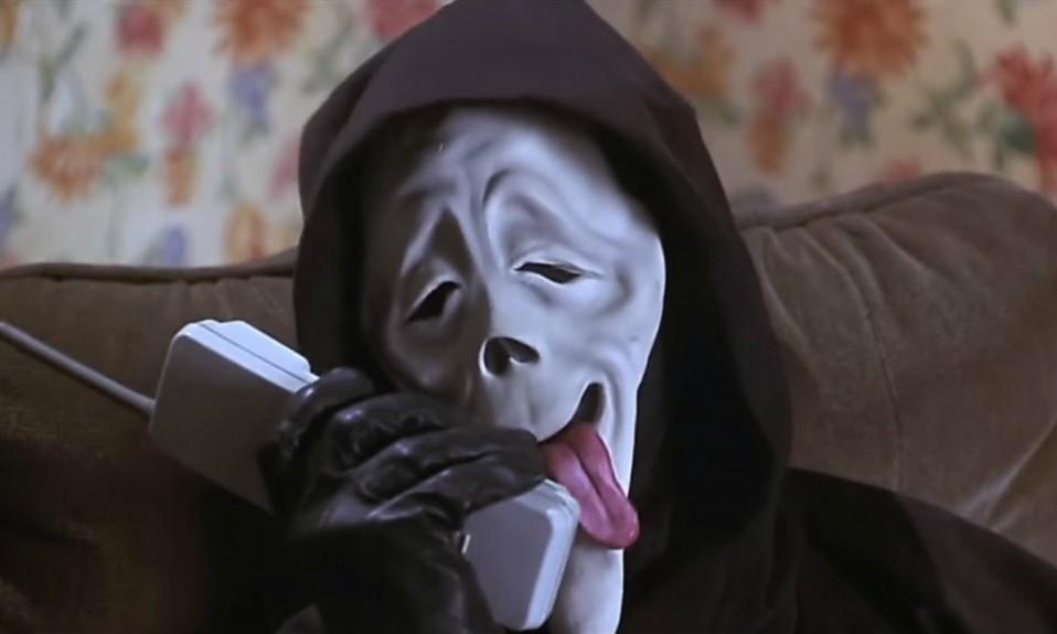 Humerous Scary Movie Scene