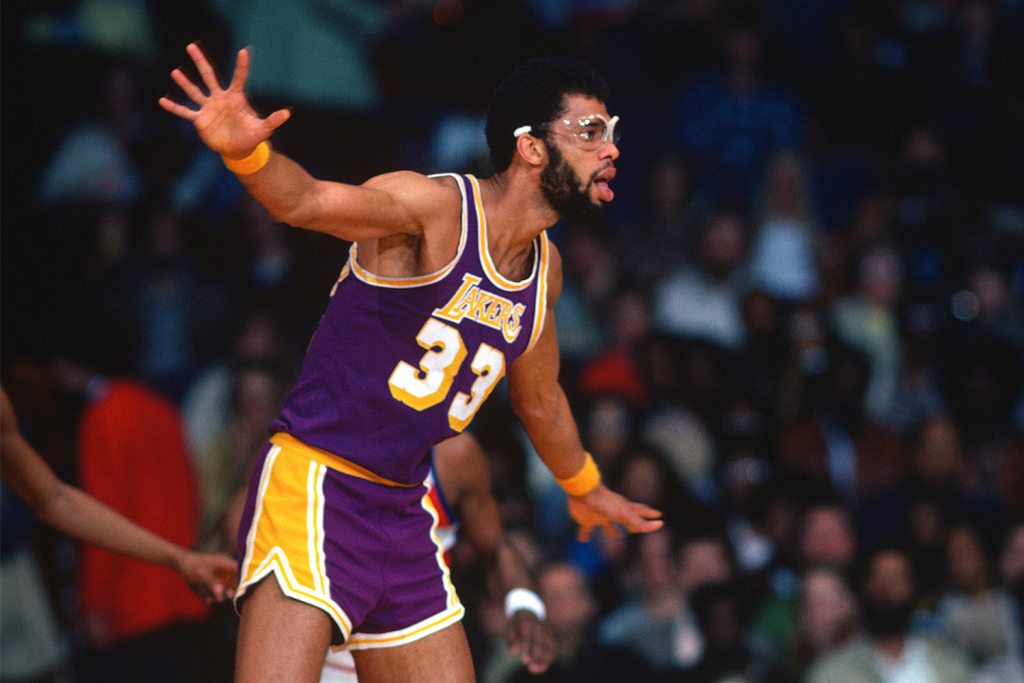 Kareem Abdul-Jabbar playing for the LA Lakers in '78