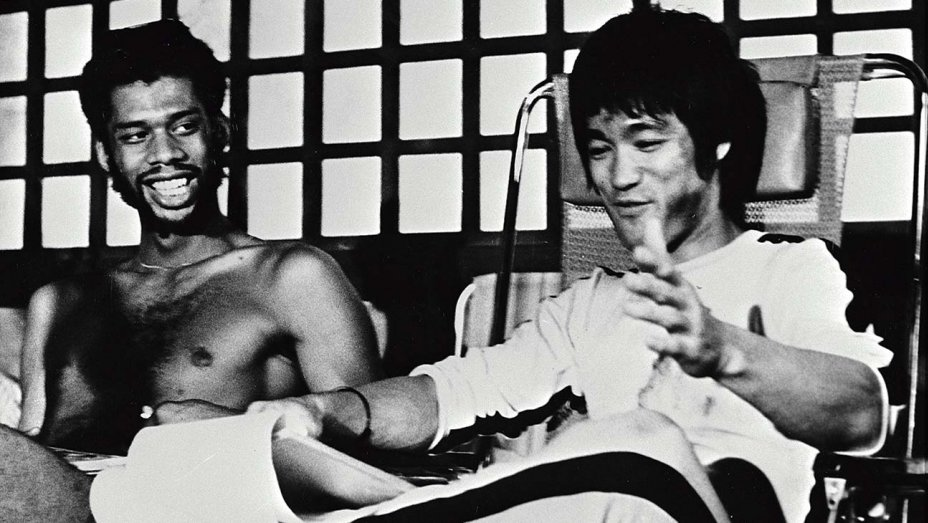 Bruce Lee & Kareem Abdul-Jabbar on the set of Game of Death